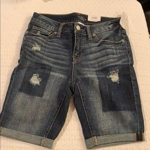 Jean shorts - Time And Tru - Size 8 NWT